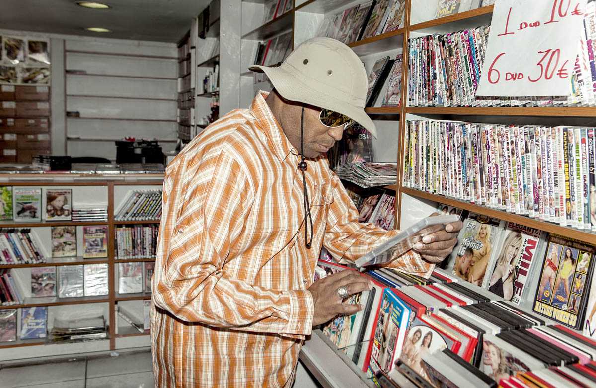 Kool Keith finds himself at home in the ghettos, the porn rental stores, ...